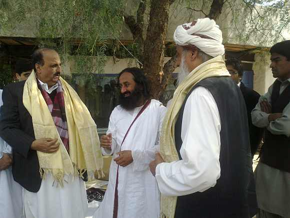 Sri Sri Ravi Shankar interacts with Muslim clerics