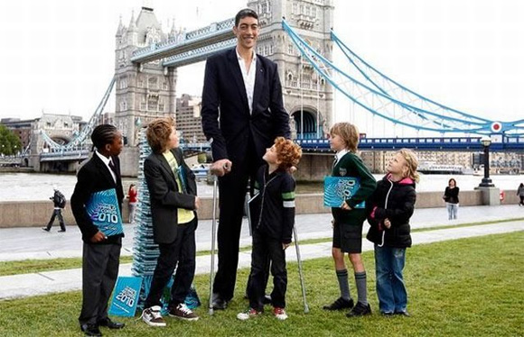 World's tallest man STOPS growing