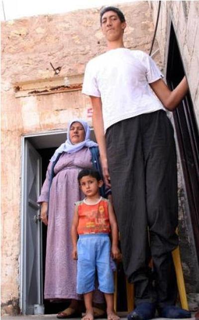 World's tallest man STOPS growing