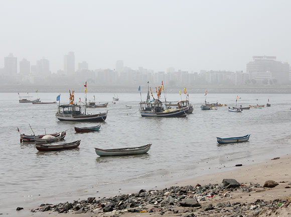 Mumbai witnessed a wind speed of around 20-22 km per hour