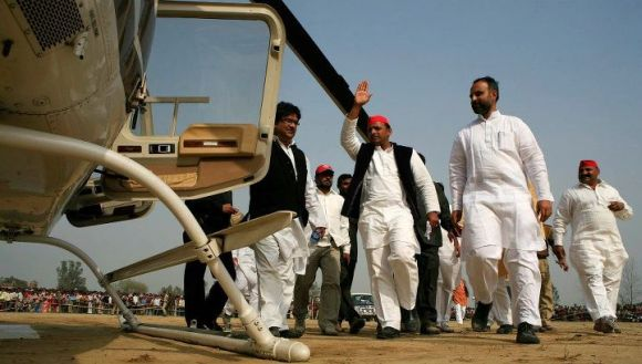 Mulayam gives son 6 months to turn UP around