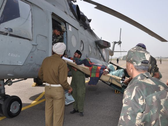 IAF'S Mi-17 helicopter put in place to rescue critically injured passengers onboard the ill-fated bus that met an accident on the Jammu-Srinagar highway on Saturday