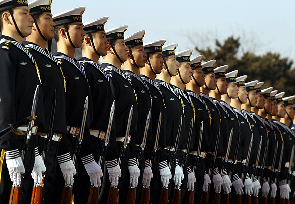 Members of the Chinese Navy's honour guard