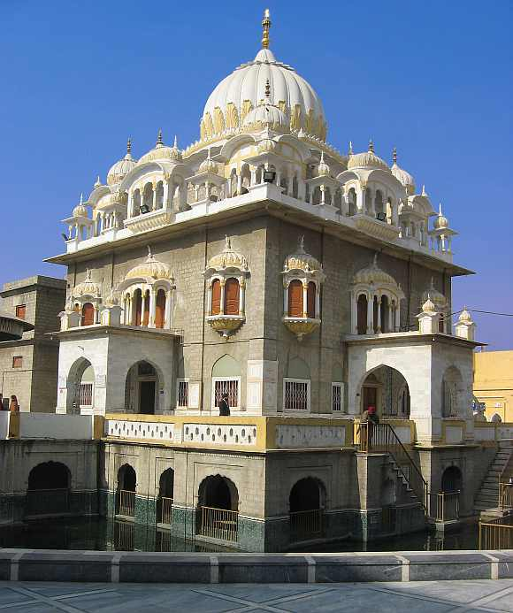 Dr Singh may also visit Panja Sahib, near Hasan Abdal, Rawalpindi