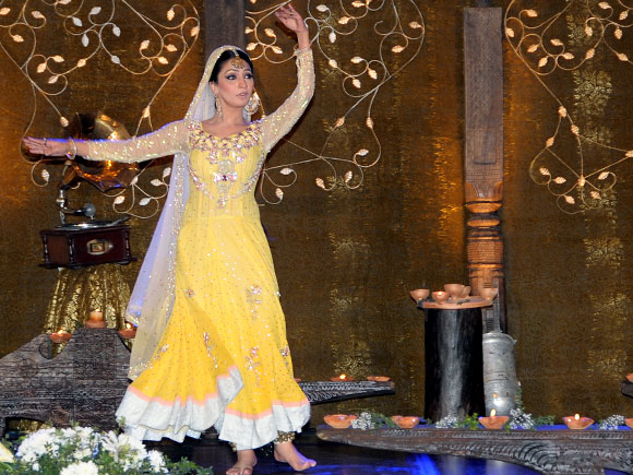 A Kathak performance by a Pakistani artist