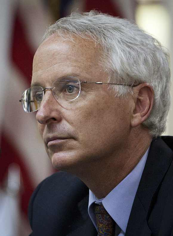 United States Ambassador to Pakistan Cameron Munter has decided to step down this summer
