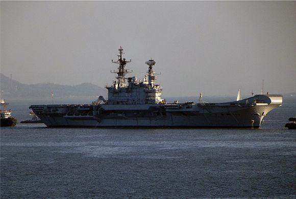 MUST READ FACTS: Aircraft carrier INS Viraat turns 25
