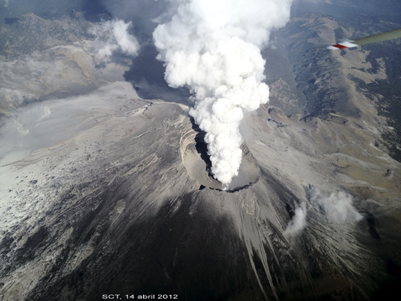 In PHOTOS: Mexico's simmering volcano