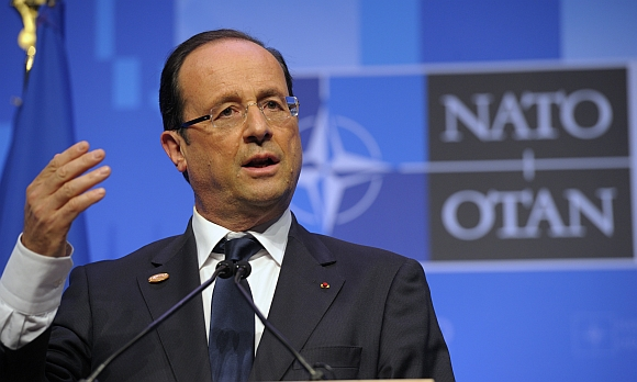 French President Francois Hollande addresses a news conference at the NATO Summit in Chicago