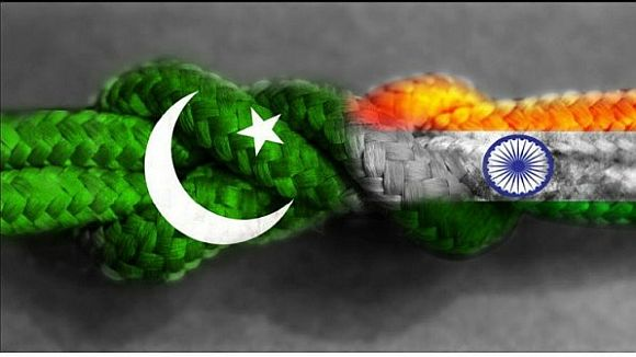 India, Pak walk the extra mile; to ink new visa accord
