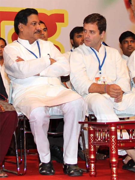 Maharashtra Chief Minister Prithviraj Chavan with Rahul Gandhi