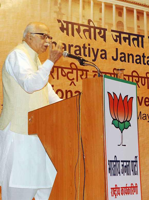 Advani delivers a speech at the BJP national executive