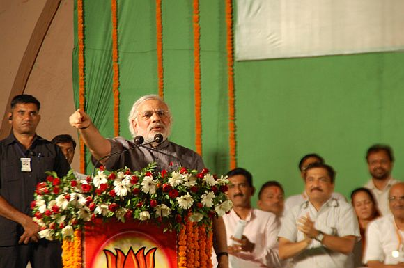 Gujarat Chief Minister Narendra Modi addressing the public rally in Mumbai