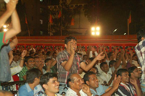 The crowd cheering Modi speech