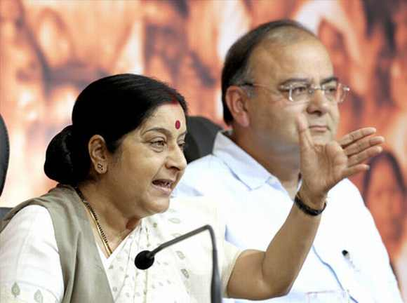 Leader of Opposition in Lok Sabha Sushma Swaraj and Leader of Opposition in Rajya Sabha Arun Jaitley address the media