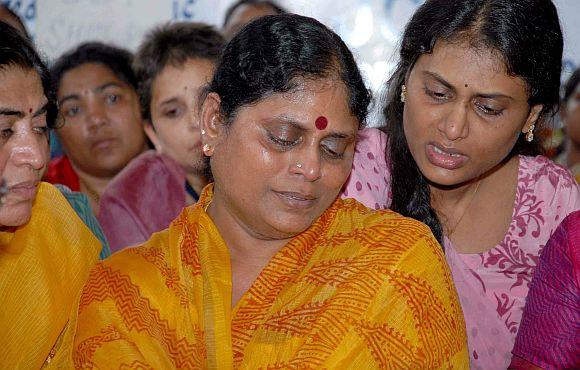 Jagan's mother Vijaylakshmi and sister Sharmila