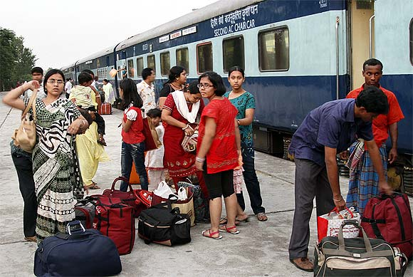 Passengers after disembarking from the Maitree Express