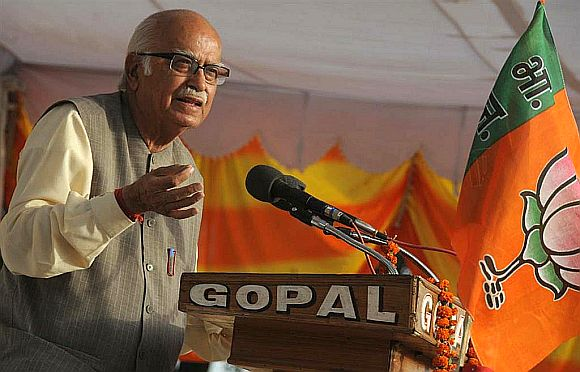 BJP has let down people; party's mood not upbeat: Advani
