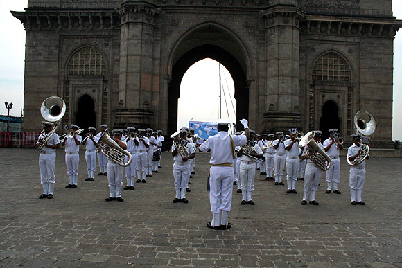 The navy band plays at Gateway of India