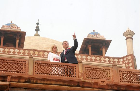 Prime Minister of Canada Stephen Harper and his wife Laureen at Humayun's Tomb in New Delhi