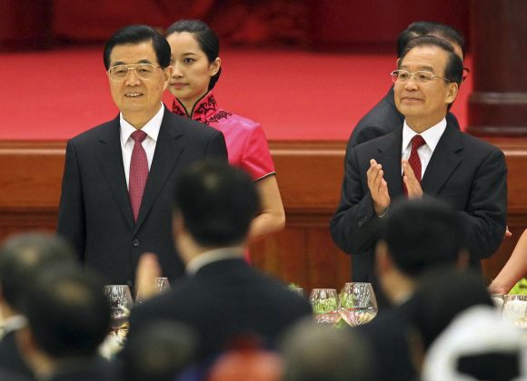 China's President Hu and Premier Wen attend a banquet in Beijing