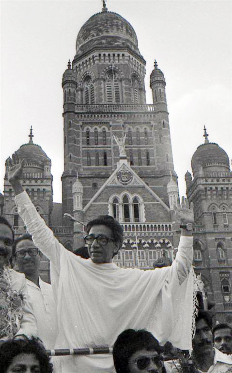 Thackeray celebrating Shiv Sena's win at Mumbai's mayoral election