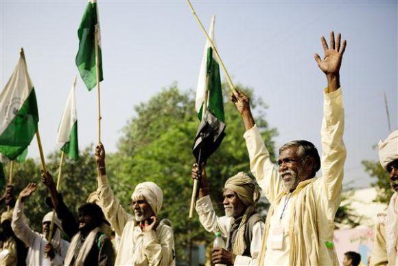 Farmers take part in the Jan Satyagraha