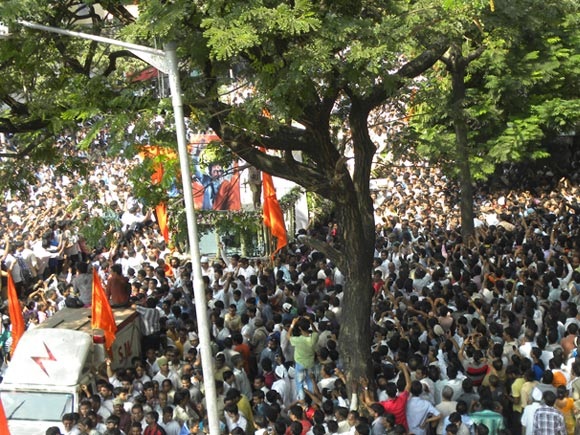 Thackeray's cortege: 'Witnessing history in the making'