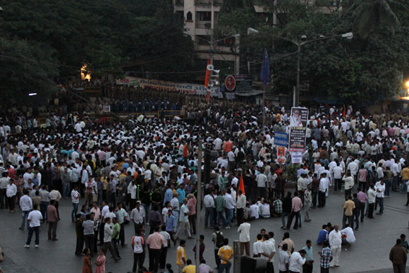 The scene outside Matoshree at 7am on Sunday morning