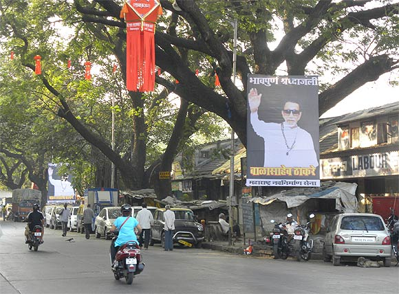 Mumbai bids farewell to Bal Thackeray