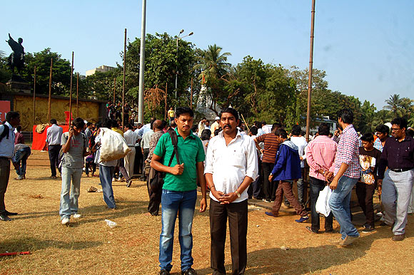 Tanaji Renuse (in white shirt), who works for the Brihanmumbai Municipal Corporation is a Shiv Sainik from Ghatkopar. He was present for the cremation on November 18 but visited Shivaji Park again to express his gratitude to the departed Sena chief