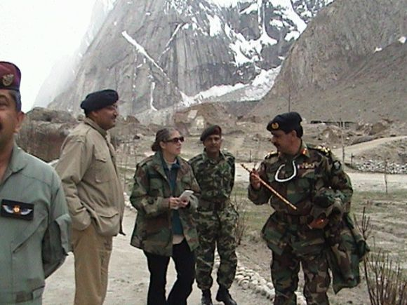 Myra MacDonald with Pakistan army officers in the Gyari sector in 2004