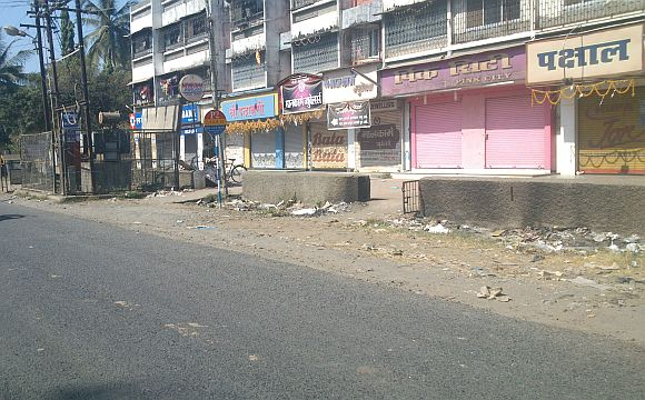 All shops in Palghar had their shutters down