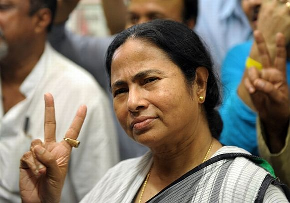 Mamata brings anti-FDI war to Jantar Mantar