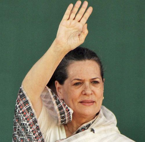 In Gujarat, Sonia Gandhi has nothing new to say