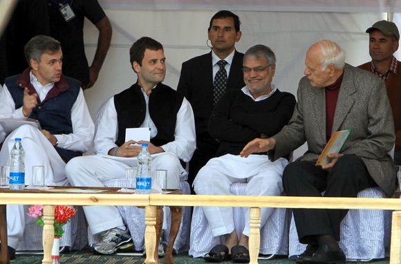 Rahul Gandhi sells the FDI idea to Kashmiris