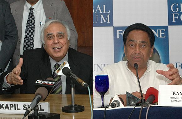 (left) Kapil Sibal (right) Kamal Nath