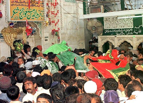 The shrine of the 13th century saint, Baba Fariduddin Ganj Shakar, in the southeastern Punjab town of Pakpattan.