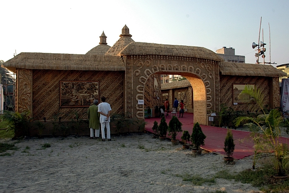The puja pandal at Baishnabghata Patuli