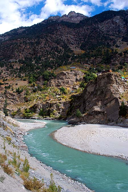 The mighty Sutlej river