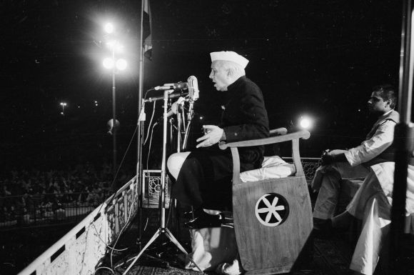 Prime Minister Jawaharlal Nehru addresses a public meeting in New Delhi during the 1962 war with China