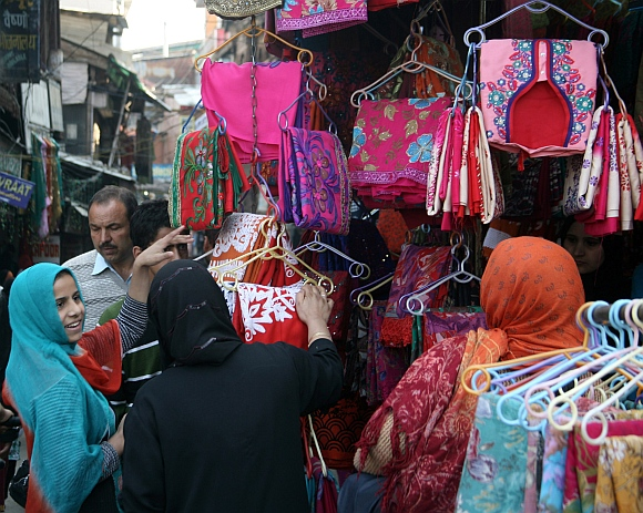 PICS: Festival shoppers throng Eid markets in Kashmir