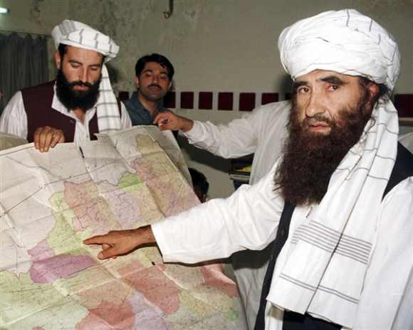 Jalaluddin Haqqani with his son Naziruddin