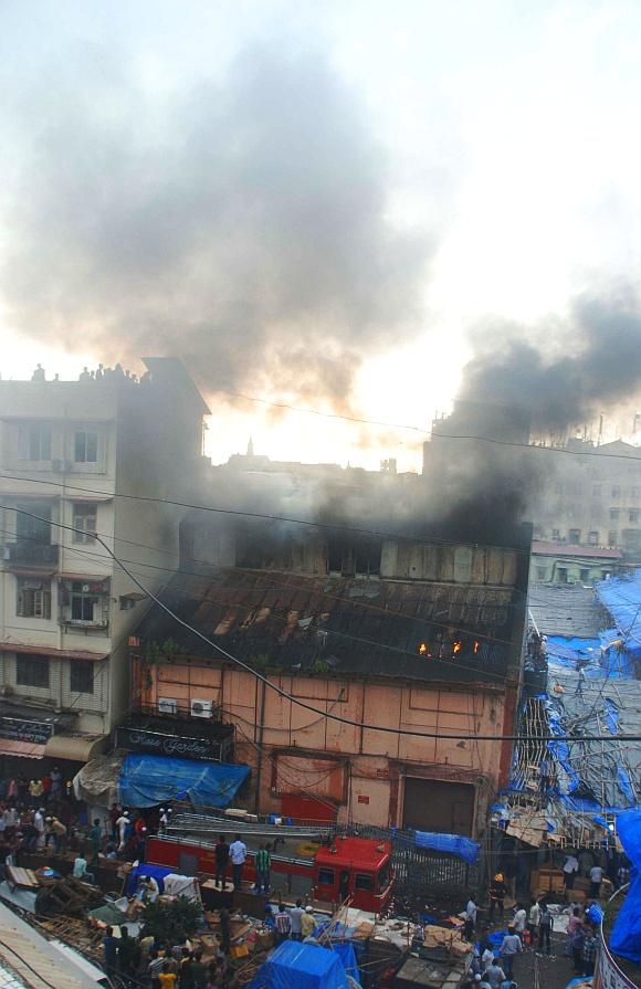 PICS: Major fire near Manish market in Mumbai