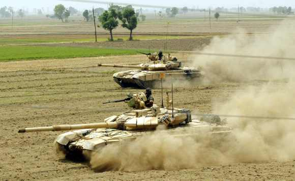 India is expected to obtain more T-90 tanks