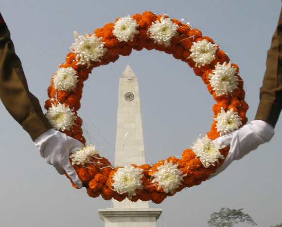 Soldiers at a war memorial on the outskirts of Siliguri