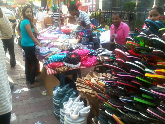 The foreigners will leave us unemployed, fear many street vendors