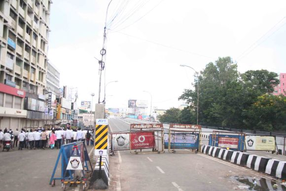 The Hyderabad police blocked roads and flyovers across the city to prevent activists from reaching the Necklace Road
