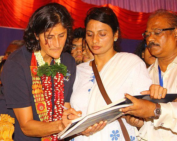 School girls to Sunita Williams: Please never forget India