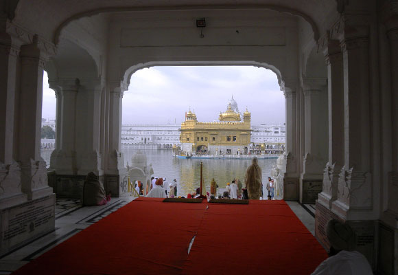 A first view of the Sri Harmandir Sahib, Amritsar